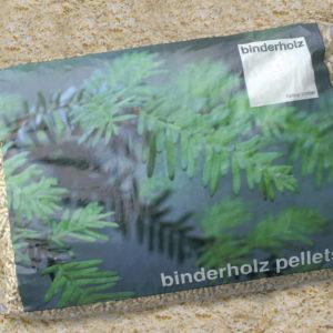 binderholz 2-Seiter Brennstoff italienisch-FIN 2013.indd